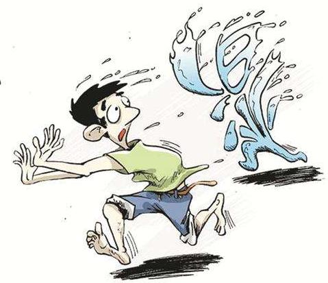 """为何体内湿气""""愈演愈烈""""?日常7种行为,做越多,体内湿毒越深"""