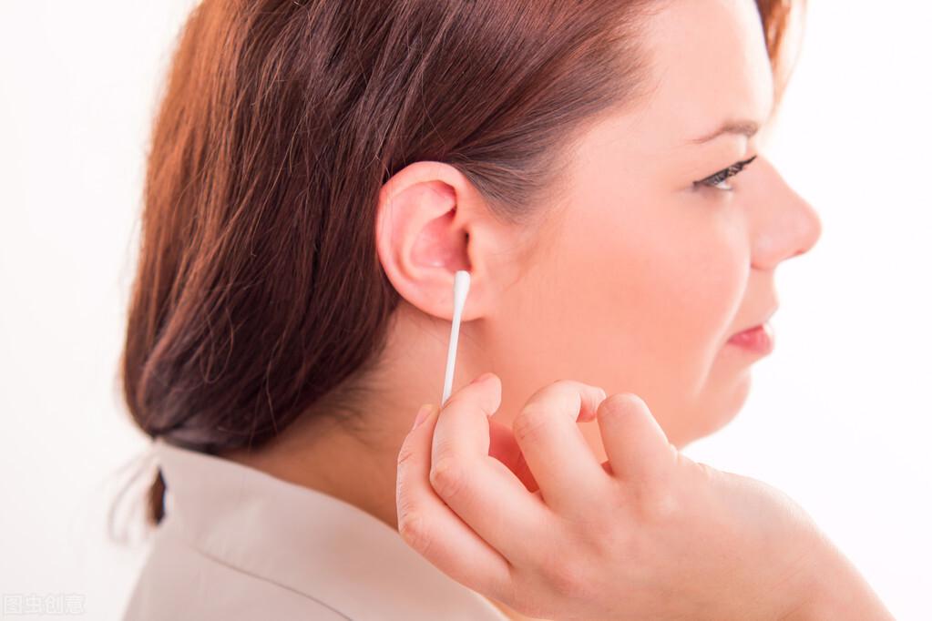 耳朵养生,没事揉一揉,每次30下,通经络,还防病补肾降血压