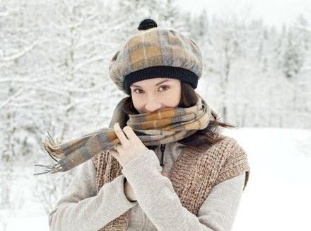 在冬季如何进行美容护肤?为你公开冬季美容护肤的小窍门
